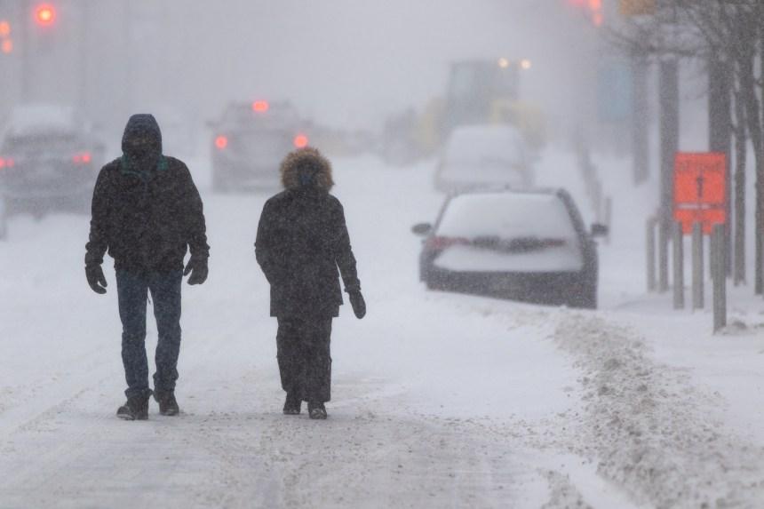 Québec: conditions météo difficiles, fermetures de routes dans trois régions