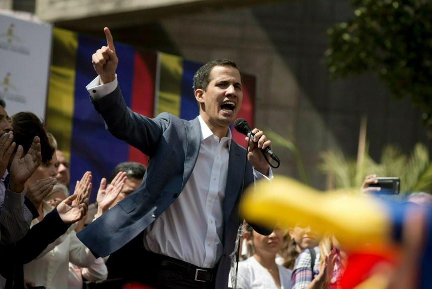 Venezuela: Guaido annonce l'arrivée d'aide humanitaire via la Colombie et le Brésil