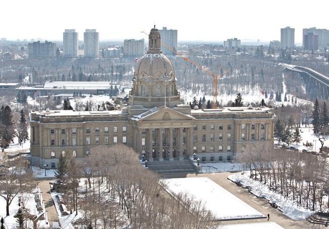 Un ex-député provincial plaide coupable en Alberta