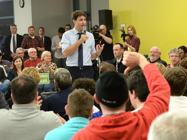 Trudeau répond aux citoyens à Saint-Hyacinthe