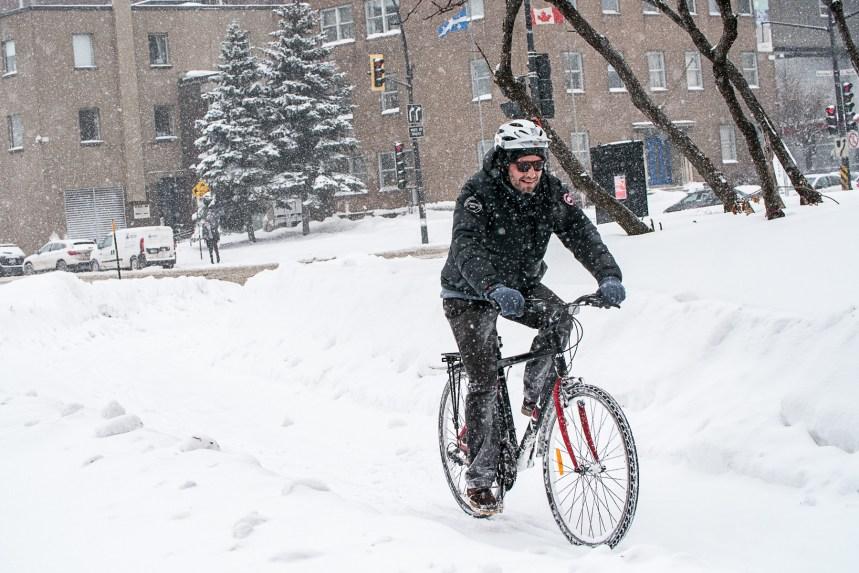 Il est «urgent» de protéger les cyclistes sur les artères