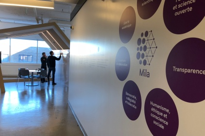 Visite dans les bureaux de l'Institut québécois d'intelligence artificielle