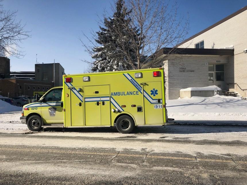 Des élèves incommodés par des odeurs dans une école de Montréal-Est
