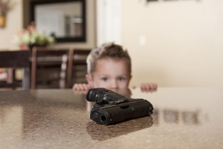 Un Américain de six ans arrive à l'école avec un pistolet chargé