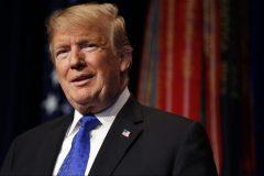 Trump exulte à la publication du rapport de l'enquête russe