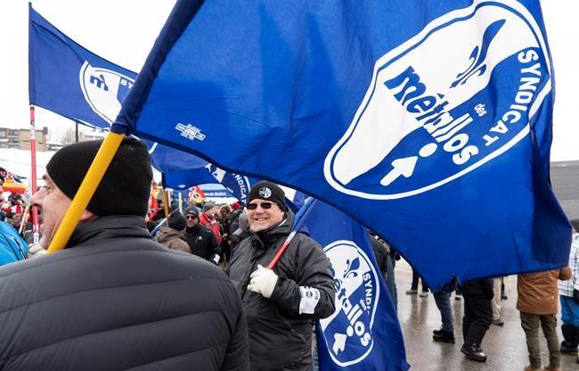 Trudeau accueilli par des manifestants