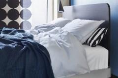 IKEA et Tom Dixon ajoutent de la literie à la gamme Delaktig