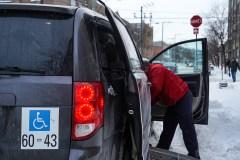 Transport adapté par taxi: des usagers réclament plus de sécurité
