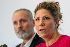 La députée libérale Jennifer Maccarone dénonce les compressions… libérales