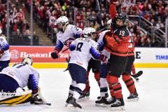 Hockey féminin: le Canada bat les États-Unis 2-0