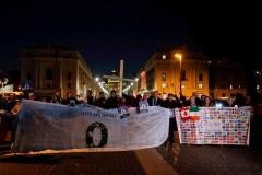 Une survivante canadienne à Rome doute des résultats du sommet au Vatican