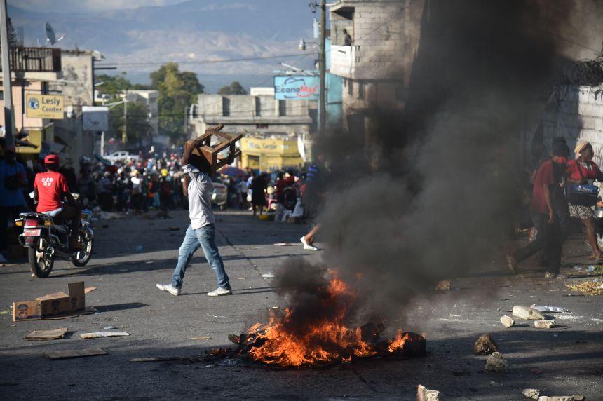 Haïti : le dialogue prôné face aux manifestations violentes