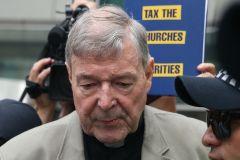 Le cardinal australien Pell, numéro trois du Vatican, reconnu coupable de pédophilie