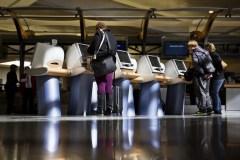 Les lignes aériennes attendent des précisions d'Ottawa pour les options de genre