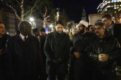 Trudeau et des centaines de personnes honorent la mémoire des enfants syriens