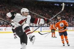 Coyotes: Vinnie Hinostroza brille dans une victoire de 3-2 à Edmonton