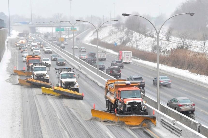Les mauvaises conditions météorologiques affecteront les transports mercredi au Québec