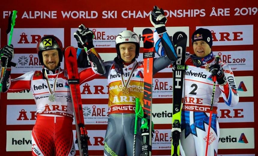 Kristoffersen devance Hirscher pour gagner le slalom géant des mondiaux