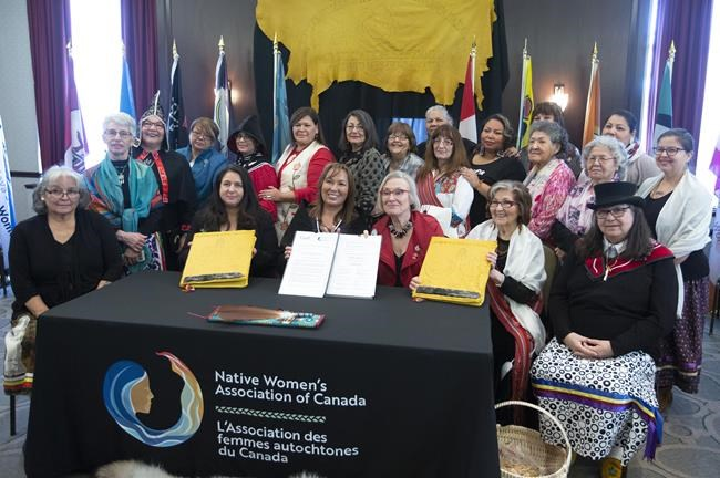 Ottawa conclut un nouvel accord avec l'Association des femmes autochtones