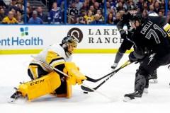Johnson et Miller aident le Lightning à l'emporter 5-4 contre les Penguins