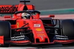 Sebastian Vettel et Ferrari donnent le ton des essais hivernaux en Formule 1