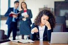 Votre indice de confiance est-il en baisse au boulot?