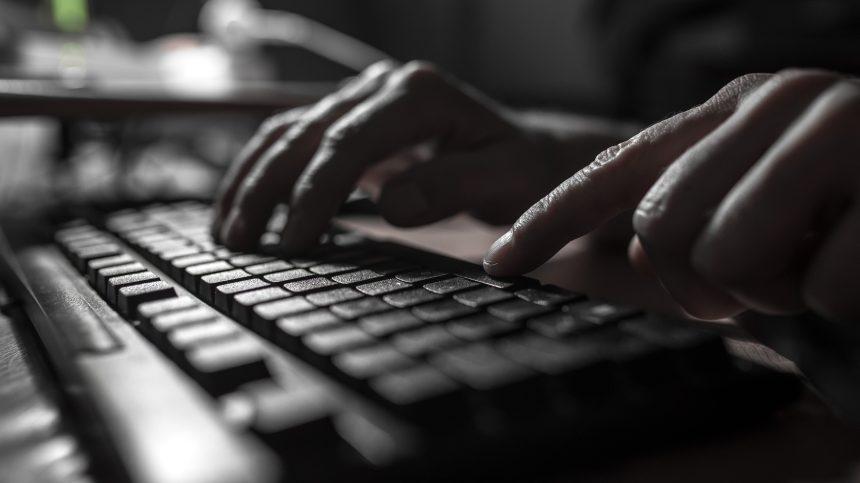 Un groupe d'experts demande à Ottawa d'agir dans les cas de vols de données