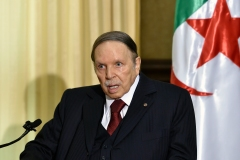 Bouteflika confirme qu'il restera président après l'expiration de son mandat