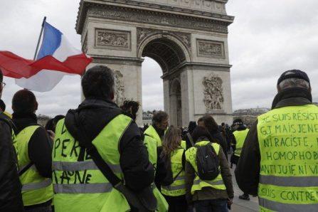 Enquête à Paris après des appels aux suicides de policiers par des «gilets jaunes»