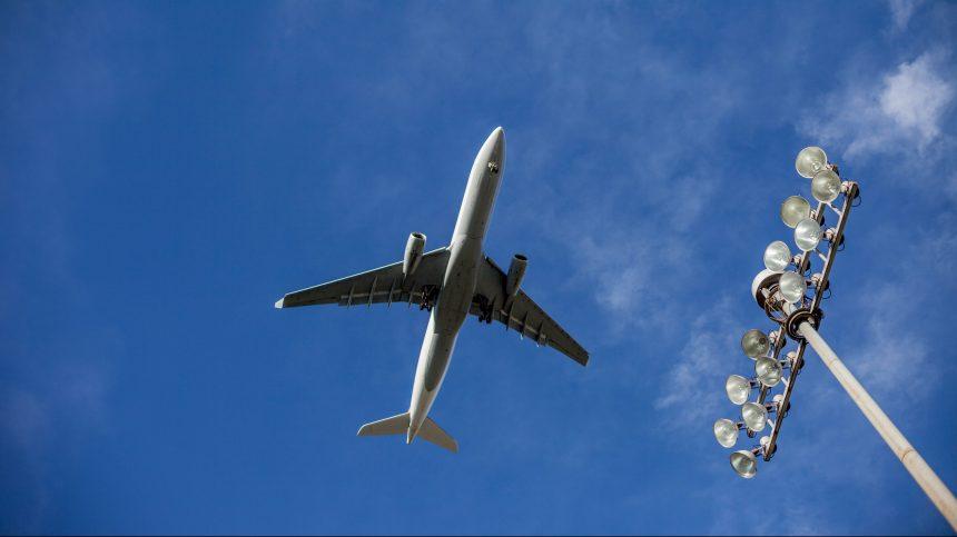 Transport aérien: la FTQ réclame une aide d'urgence au fédéral