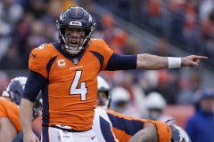 Les Redskins feraient l'acquisition du quart Case Keenum, des Broncos