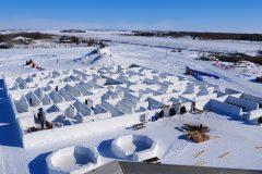 Le plus grand labyrinthe de neige du monde est au Manitoba