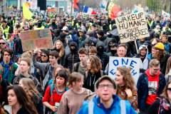 Des milliers de personnes réunies à Bruxelles pour le climat