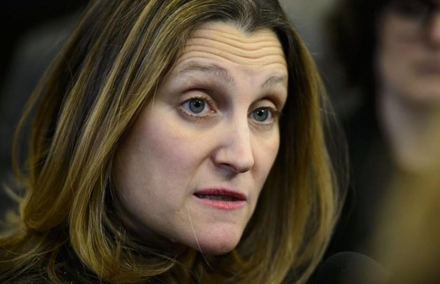 Le Canada impose d'autres sanctions contre des individus et entités russes