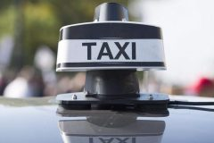 Les chauffeurs de taxi exigent le retrait de la réforme Bonnardel