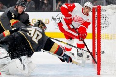 Mantha et les Red Wings soutirent la victoire aux Golden Knights en prolongation
