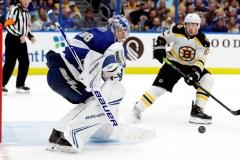 Le Lightning vient de l'arrière pour gagner 5-4 contre les Bruins