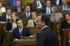 Les conservateurs font un boucan pour enterrer le discours du budget