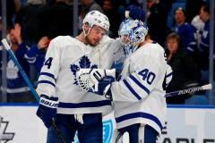Tavares et Matthews aident les Maple Leafs à battre les Sabres, 4-2