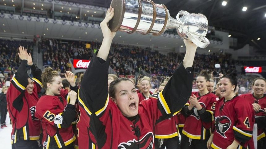 Les Canadiennes s'inclinent 5-2 devant l'Inferno en finale de la Coupe Clarkson