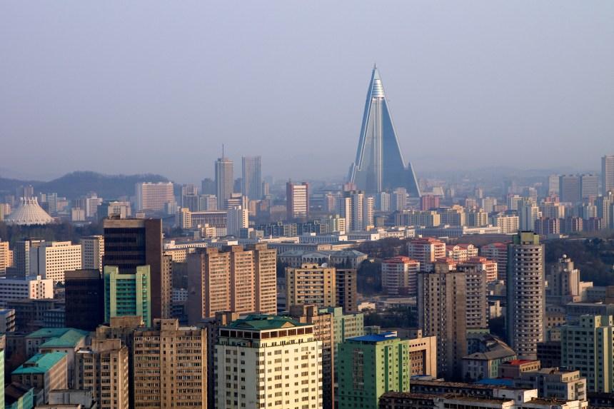 Un premier guide touristique en français sur la Corée du Nord