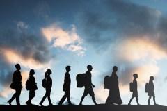 «Rien ne justifie» d'accueillir moins d'immigrants au Québec, juge l'IRIS