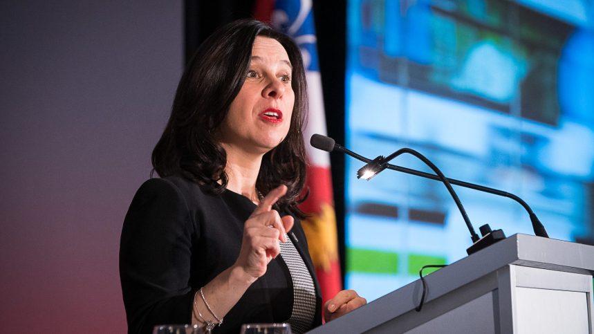 Budget du Québec: Montréal réclame plus de fonds pour faire face à la crise du recyclage