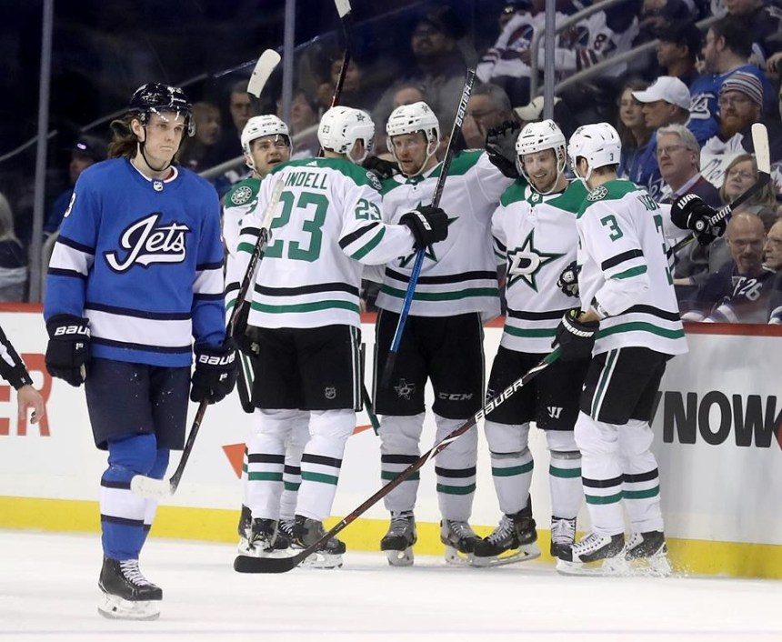 Seguin et Faksa marquent deux buts chacun et les Stars battent les Jets 5-2