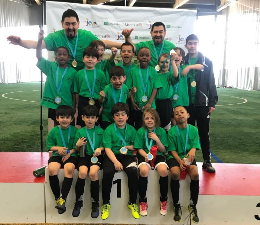 Médaille d'or pour le soccer de Lachine