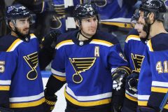 Blues: cinq buts en 9:41, en route vers un gain de 7-3 contre les Flyers