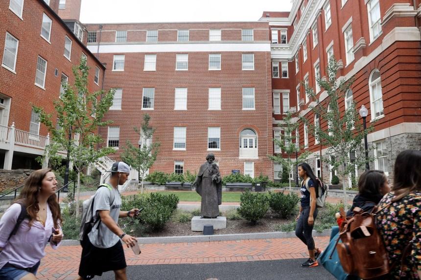 USA: des étudiants approuvent un fonds de réparations pour les descendants d'esclaves