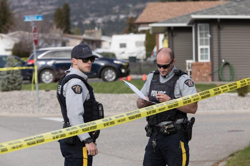 Quatre personnes retrouvées mortes à Penticton; un suspect s'est rendu