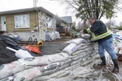 Zones inondables: une gestion bâclée, selon élus et experts