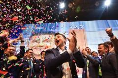 De la comédie à la réalité: Volodymir Zelensky est élu président de l'Ukraine